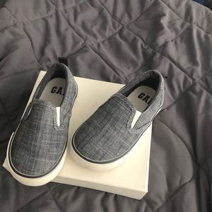 Gap chambray slip on sneakers